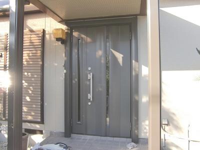 玄関ドア施工